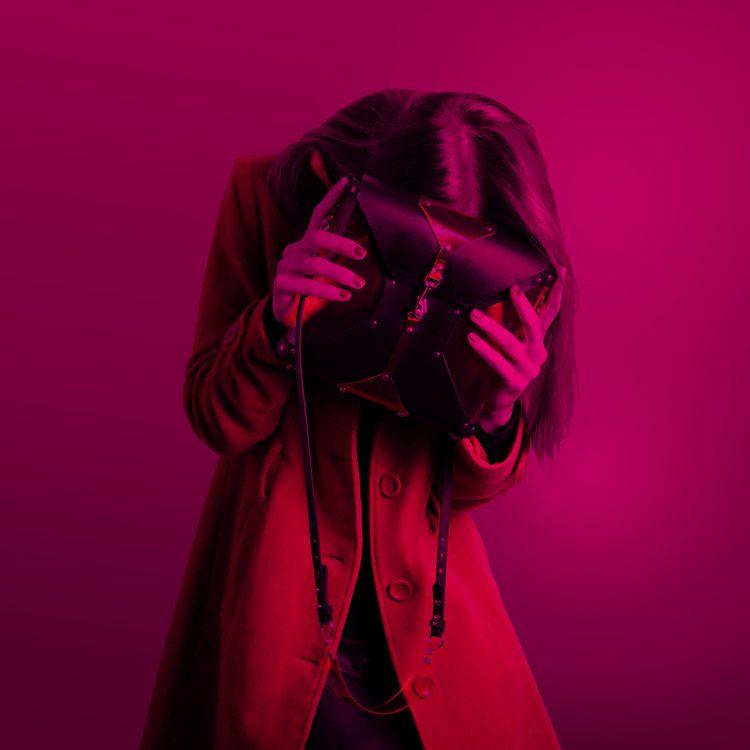pink_noise_fashion_photo01b